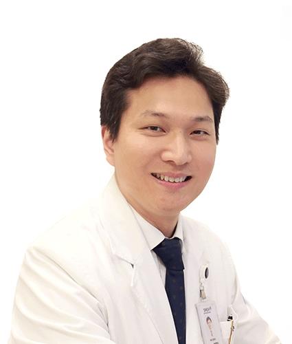 """분당 서울대 병원 박영석 교수 팀 """"비만 대사 수술 환자 80 %, 비타민 D 결핍"""""""